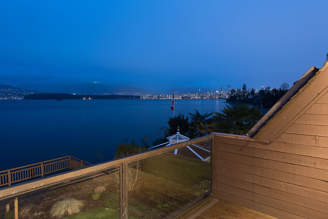 Photo 15: 3011 POINT GREY Road in Vancouver: Kitsilano House for sale (Vancouver West)  : MLS® # R2149733