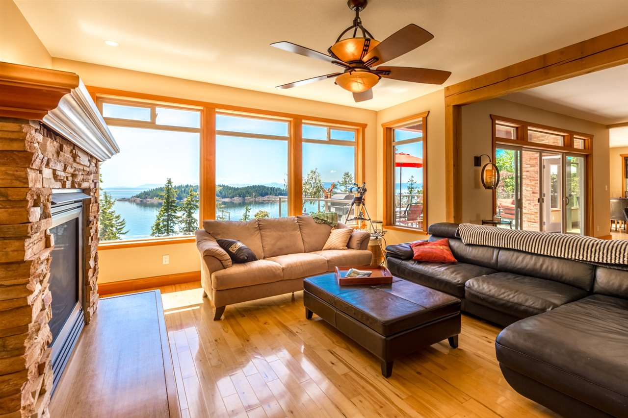 Photo 6: Photos: 6612 SUNSHINE COAST Highway in Sechelt: Sechelt District House for sale (Sunshine Coast)  : MLS®# R2171531