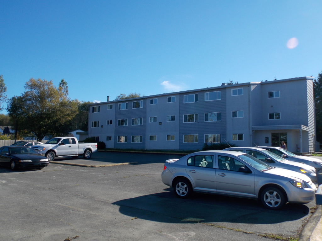 Main Photo: 2581 KINGCOME PLACE in Port McNeill: Port McNeill, Vancouver Island Multi-Family Commercial for sale (Vancouver Island)  : MLS® # C8012480