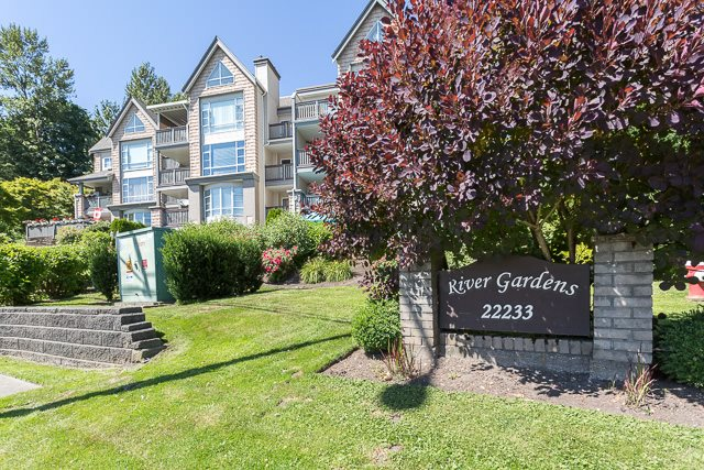 "Main Photo: 203 22233 RIVER Road in Maple Ridge: West Central Condo for sale in ""RIVER GARDENS"" : MLS® # R2186358"