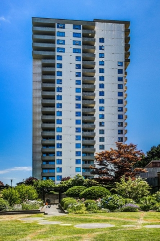 Main Photo: 1207 5645 BARKER Avenue in Burnaby: Central Park BS Condo for sale (Burnaby South)  : MLS® # R2187397