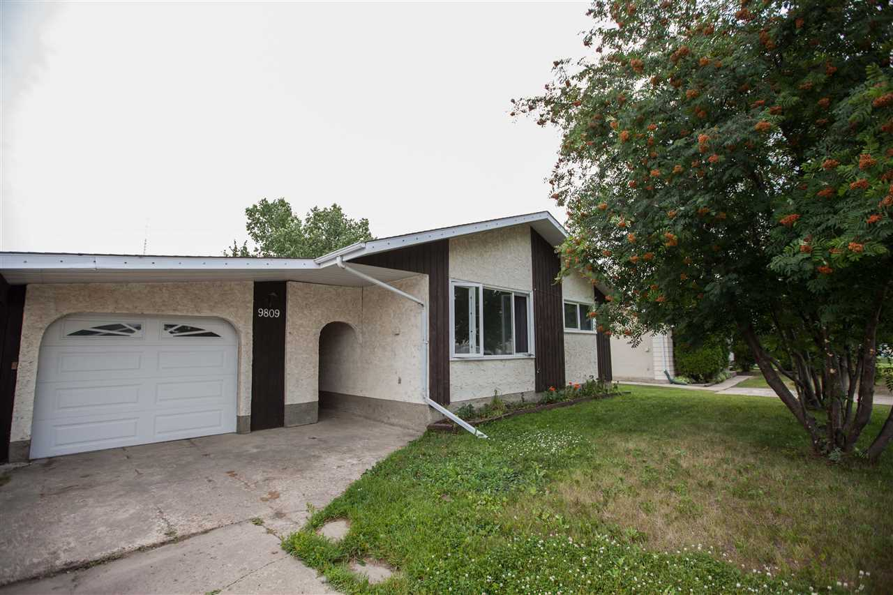 Main Photo: 9809 95 Avenue: Morinville House for sale : MLS(r) # E4074685