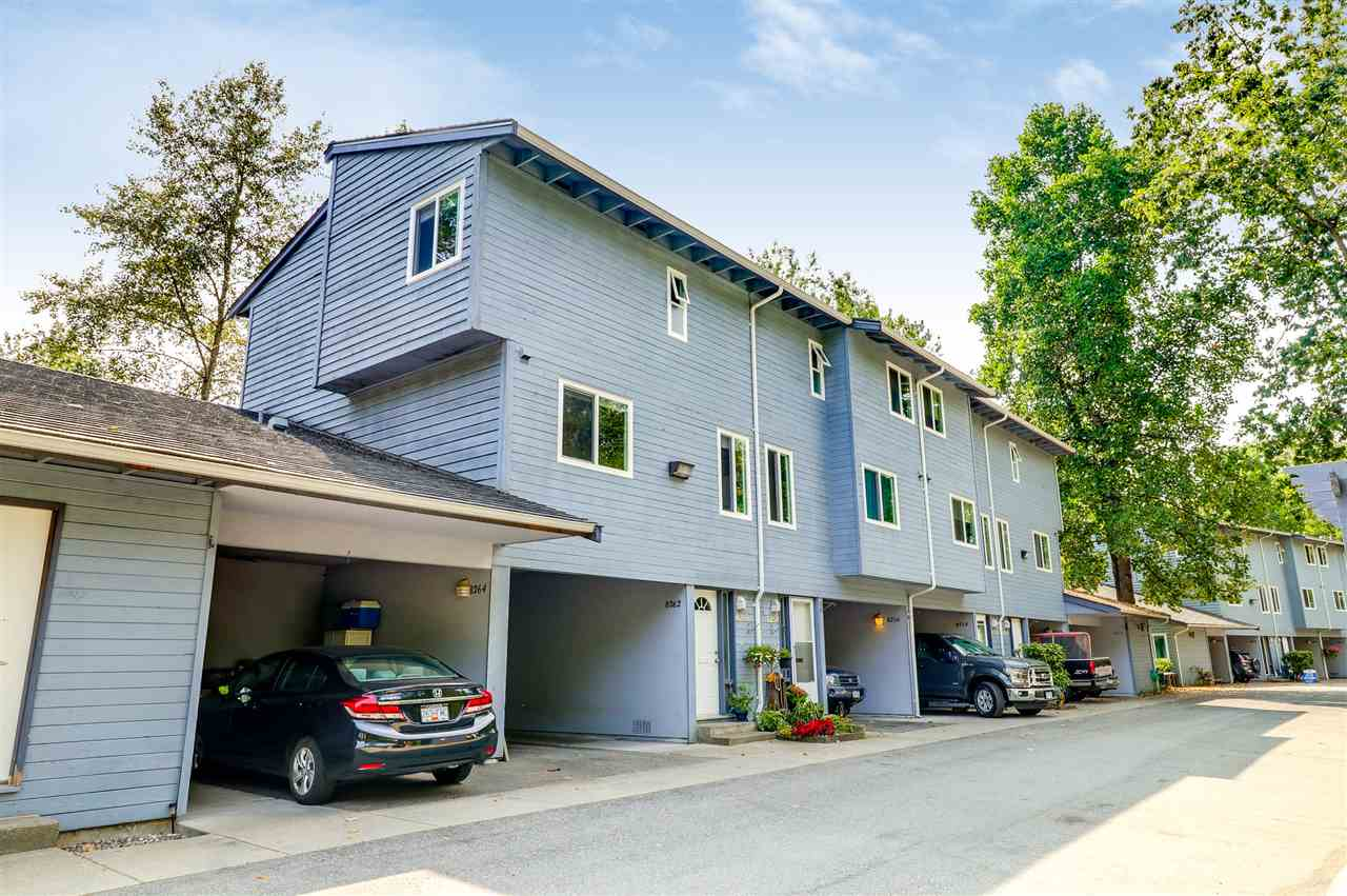 Main Photo: 8260 AMBERWOOD Place in Burnaby: Forest Hills BN Townhouse for sale (Burnaby North)  : MLS® # R2196807