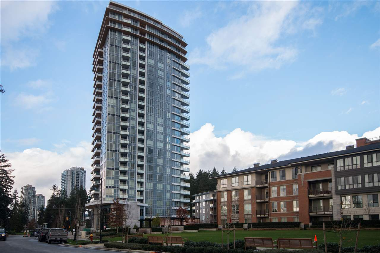 "Main Photo: 1002 3093 WINDSOR Gate in Coquitlam: New Horizons Condo for sale in ""the Windsor by Polygon"" : MLS®# R2200368"