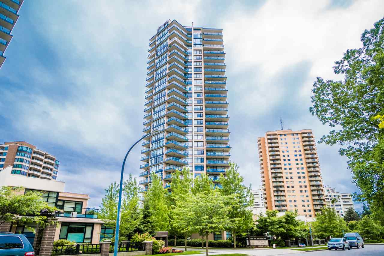 "Main Photo: 405 6188 WILSON Avenue in Burnaby: Metrotown Condo for sale in ""JEWEL"" (Burnaby South)  : MLS® # R2203540"