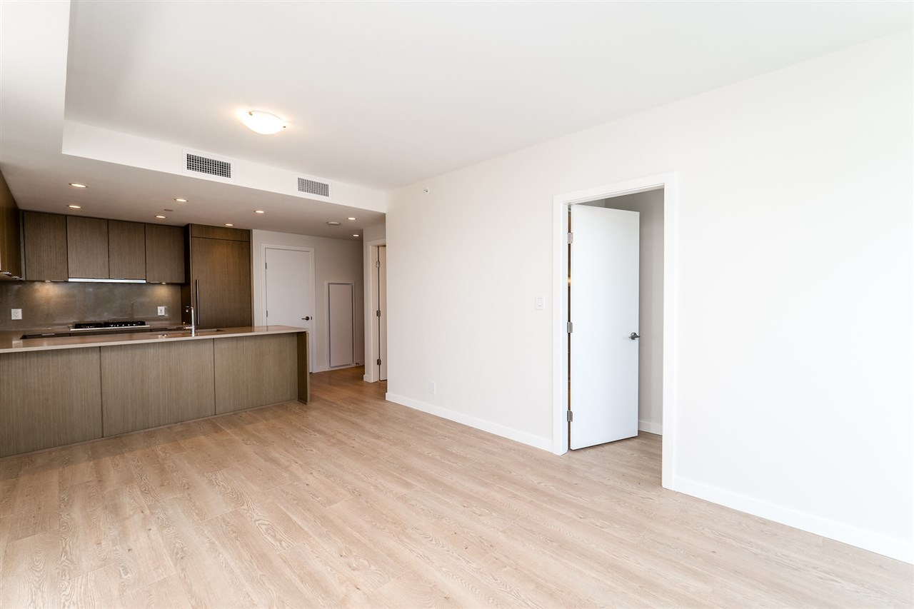 Photo 18: Photos: 1402 125 E 14TH Street in North Vancouver: Central Lonsdale Condo for sale : MLS® # R2204808