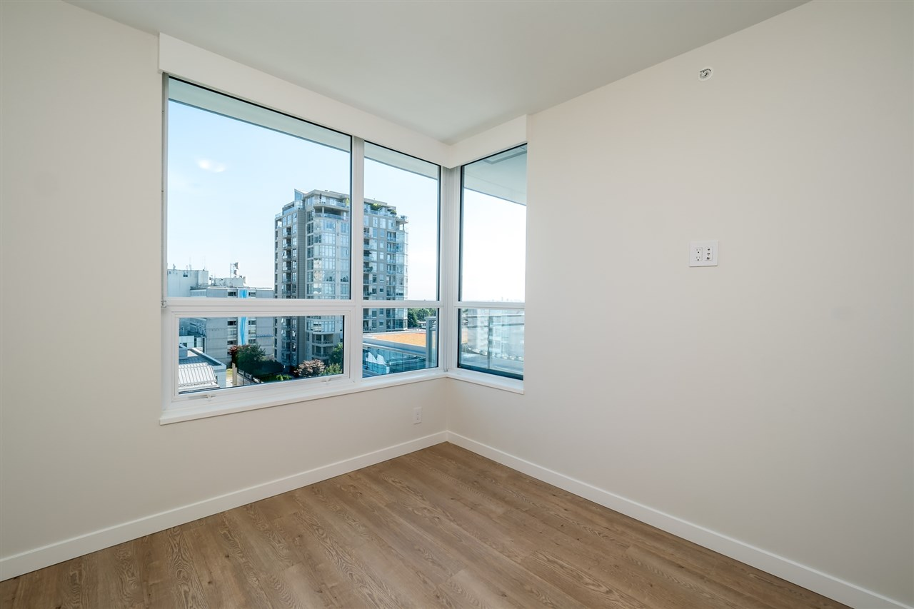 Photo 12: Photos: 1402 125 E 14TH Street in North Vancouver: Central Lonsdale Condo for sale : MLS® # R2204808