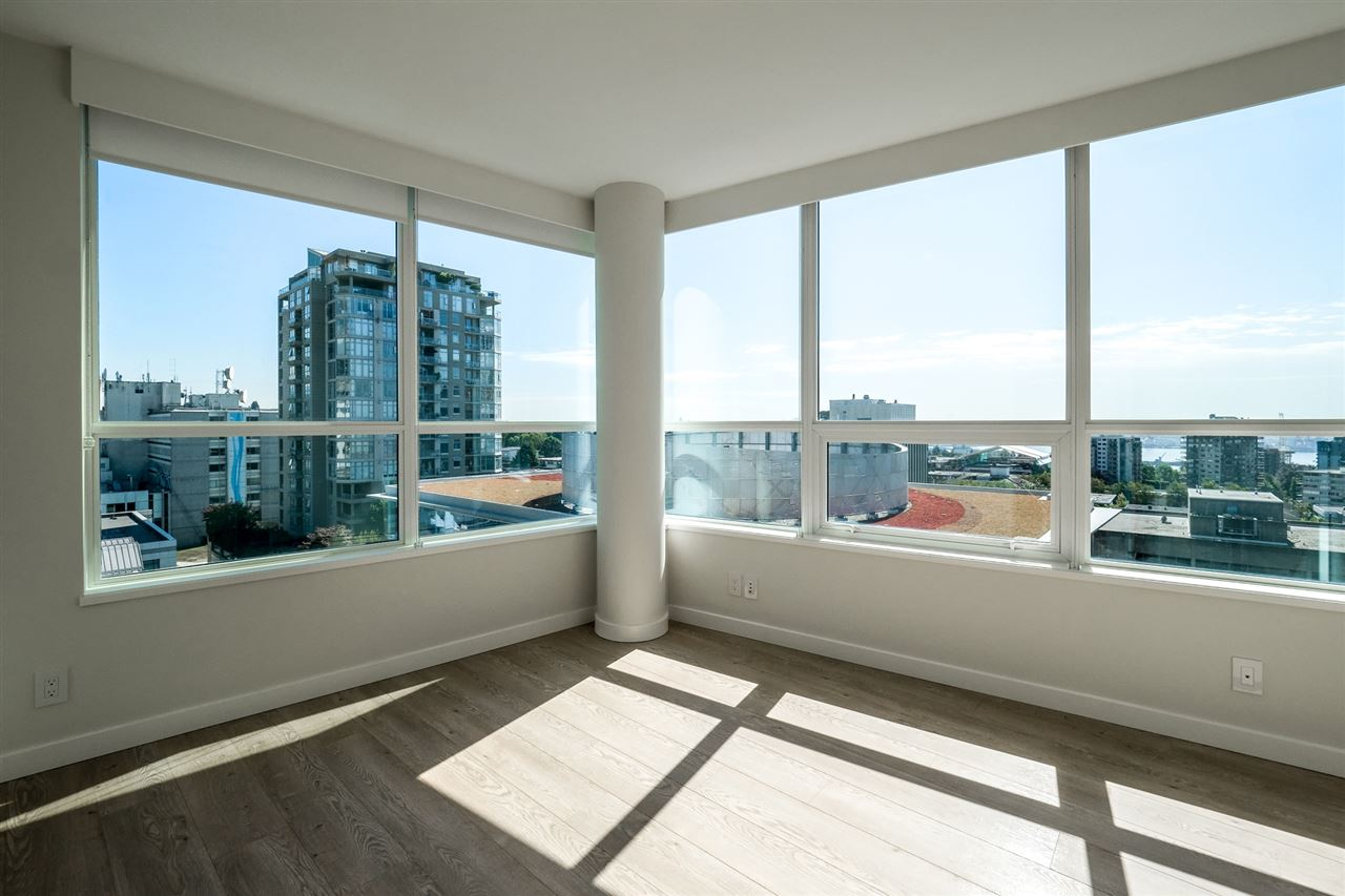 Photo 10: Photos: 1402 125 E 14TH Street in North Vancouver: Central Lonsdale Condo for sale : MLS® # R2204808