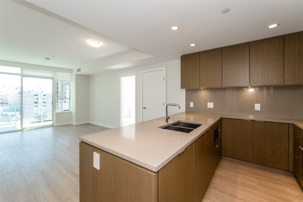 Photo 15: Photos: 1402 125 E 14TH Street in North Vancouver: Central Lonsdale Condo for sale : MLS® # R2204808