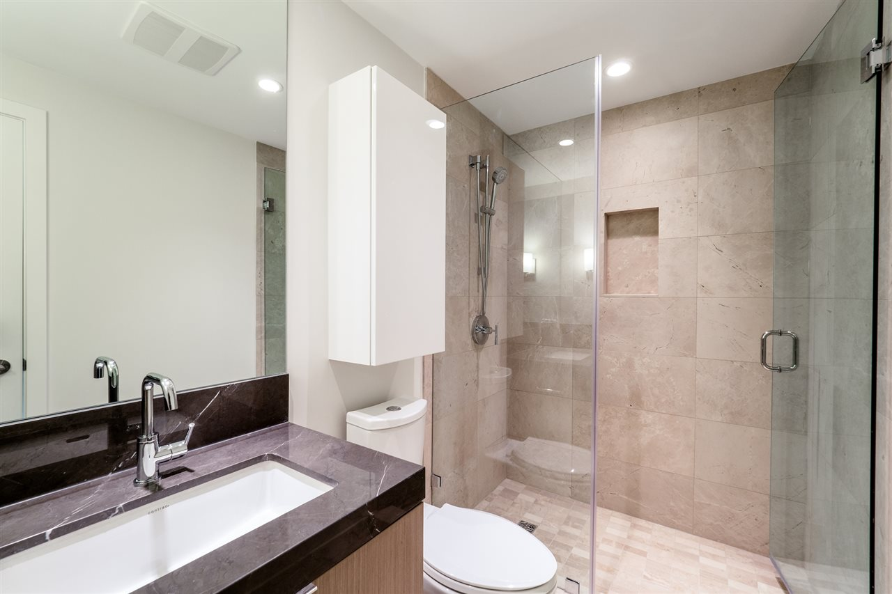 Photo 13: Photos: 1402 125 E 14TH Street in North Vancouver: Central Lonsdale Condo for sale : MLS® # R2204808