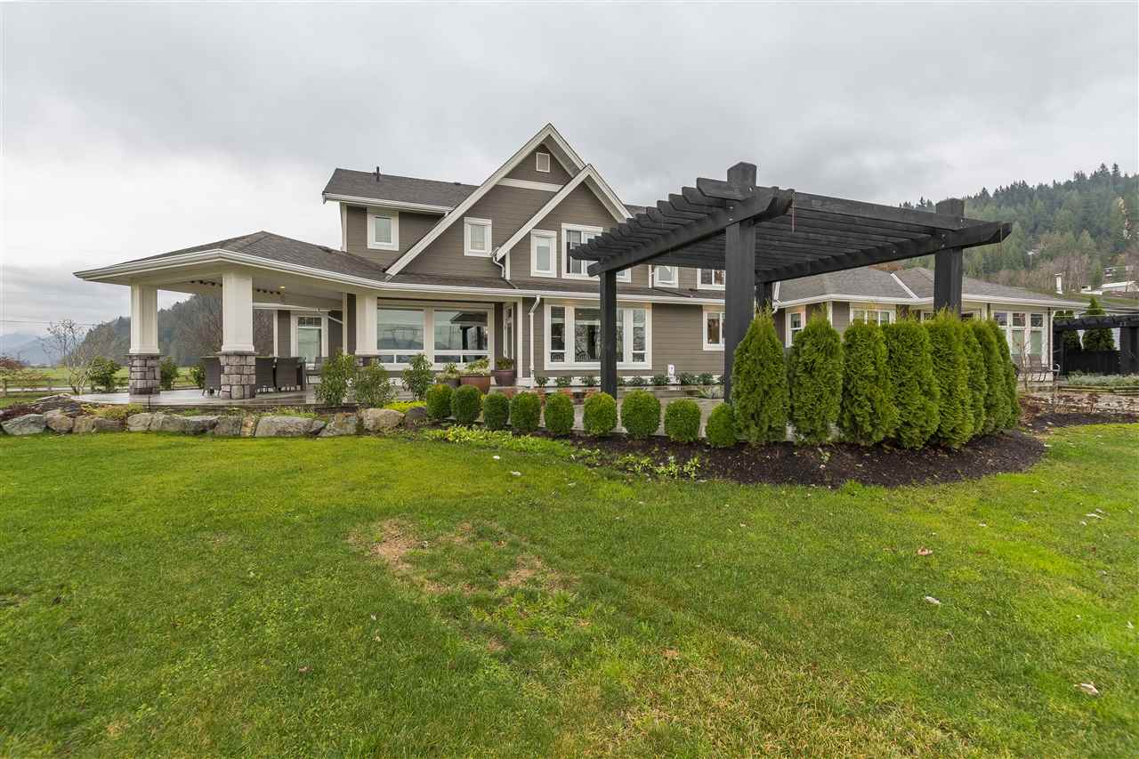 Photo 16: Photos: 6695 BANFORD Road in Chilliwack: East Chilliwack House for sale : MLS® # R2225359