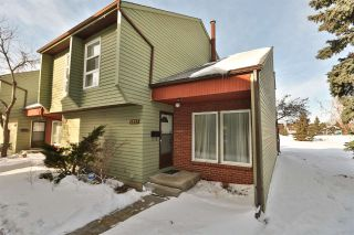 Main Photo: 5351 HILLVIEW Crescent NW in Edmonton: Zone 29 Townhouse for sale : MLS® # E4097184