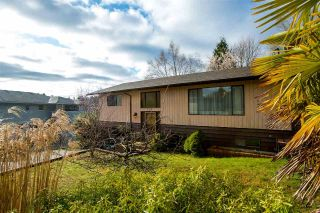 Main Photo: 729 WINN Road in Gibsons: Gibsons & Area House for sale (Sunshine Coast)  : MLS®# R2252075