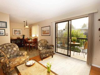 201 1442 BLACKWOOD Street: White Rock Condo for sale in