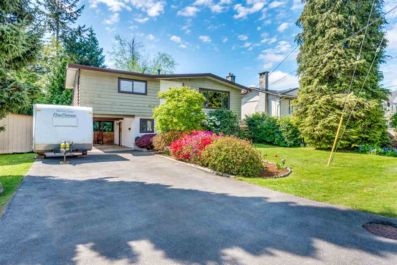 Main Photo: 1554 WESTMINSTER Avenue in Port Coquitlam: Glenwood PQ House for sale : MLS®# R2293525