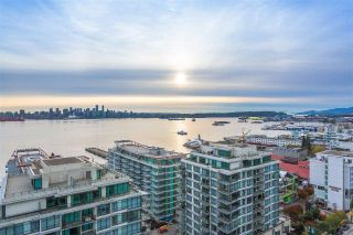 "Main Photo: 1903 188 E ESPLANADE Street in North Vancouver: Lower Lonsdale Condo for sale in ""The Esplanade"" : MLS®# R2313043"