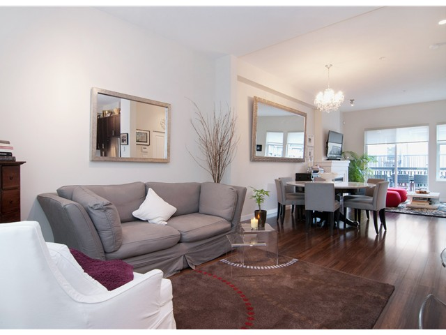 "Photo 3: 766 ORWELL Street in North Vancouver: Lynnmour Townhouse for sale in ""WEDGEWOOD"" : MLS(r) # V928064"