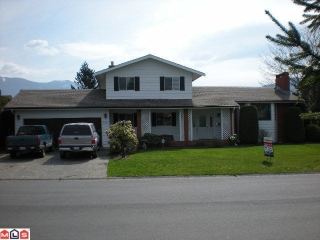 Main Photo: 45146 INSLEY Avenue in Sardis: Sardis West Vedder Rd House for sale : MLS(r) # H1201487