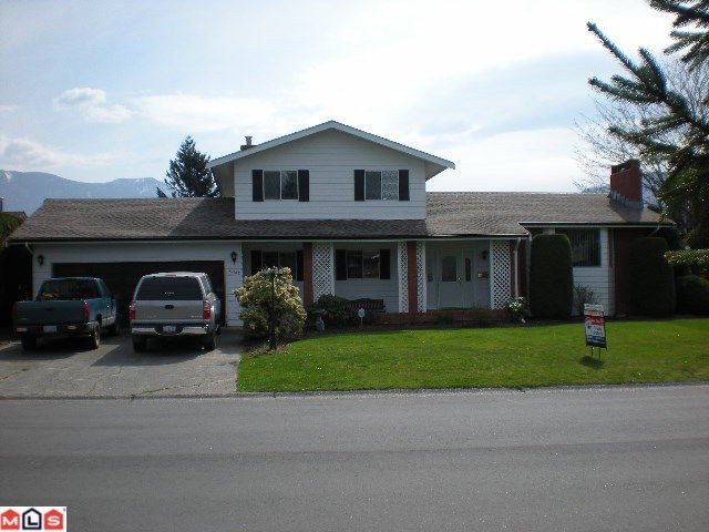 Main Photo: 45146 INSLEY Avenue in Sardis: Sardis West Vedder Rd House for sale : MLS® # H1201487