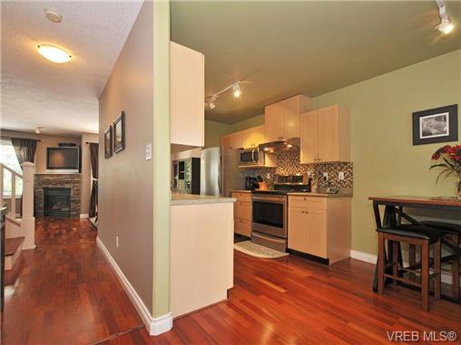 Photo 12: 11 2563 Millstream Road in VICTORIA: La Mill Hill Townhouse for sale (Langford)  : MLS® # 339387