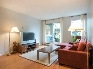 "Main Photo: 108 1508 MARINER Walk in Vancouver: False Creek Condo for sale in ""Mariner Walk"" (Vancouver West)  : MLS®# R2033804"