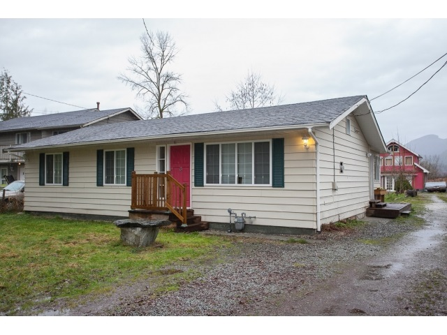 Main Photo: 22535 136 Avenue in Maple Ridge: Silver Valley House for sale : MLS® # R2041011