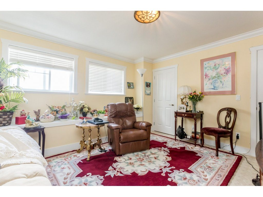Photo 15: 6728 148A Street in Surrey: East Newton House for sale : MLS(r) # R2075641