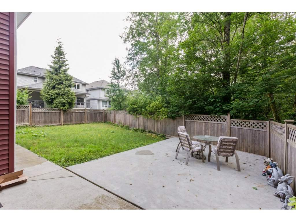 Photo 2: 6728 148A Street in Surrey: East Newton House for sale : MLS(r) # R2075641