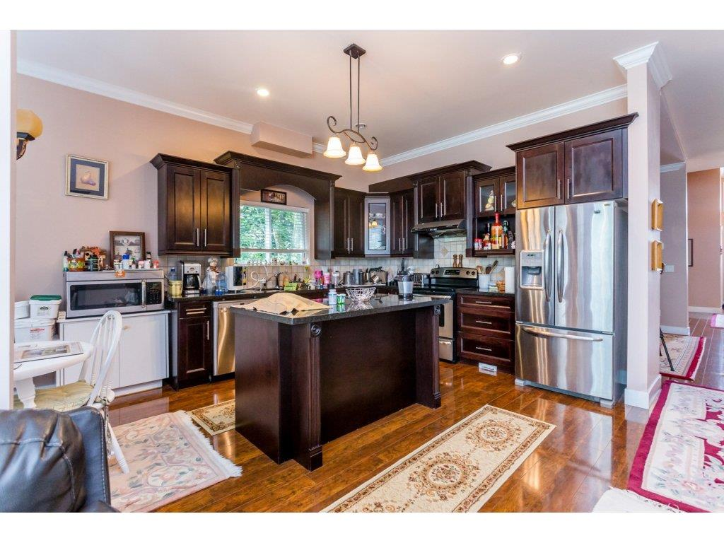 Photo 8: 6728 148A Street in Surrey: East Newton House for sale : MLS(r) # R2075641