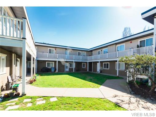 Main Photo: 105 636 Granderson Road in VICTORIA: La Fairway Condo Apartment for sale (Langford)  : MLS®# 371404