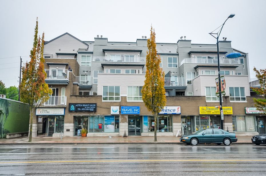 Main Photo: 307 3939 HASTINGS Street in Burnaby: Vancouver Heights Condo for sale (Burnaby North)  : MLS® # R2124385
