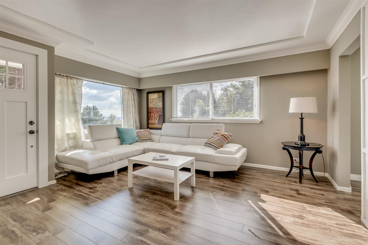 Photo 11: 1531 HAMMOND Avenue in Coquitlam: Central Coquitlam House for sale : MLS(r) # R2130273