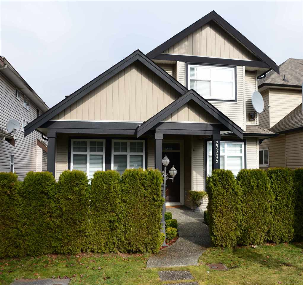 "Main Photo: 27705 FRASER Highway in Abbotsford: Aberdeen House for sale in ""Aberdeen"" : MLS(r) # R2138249"