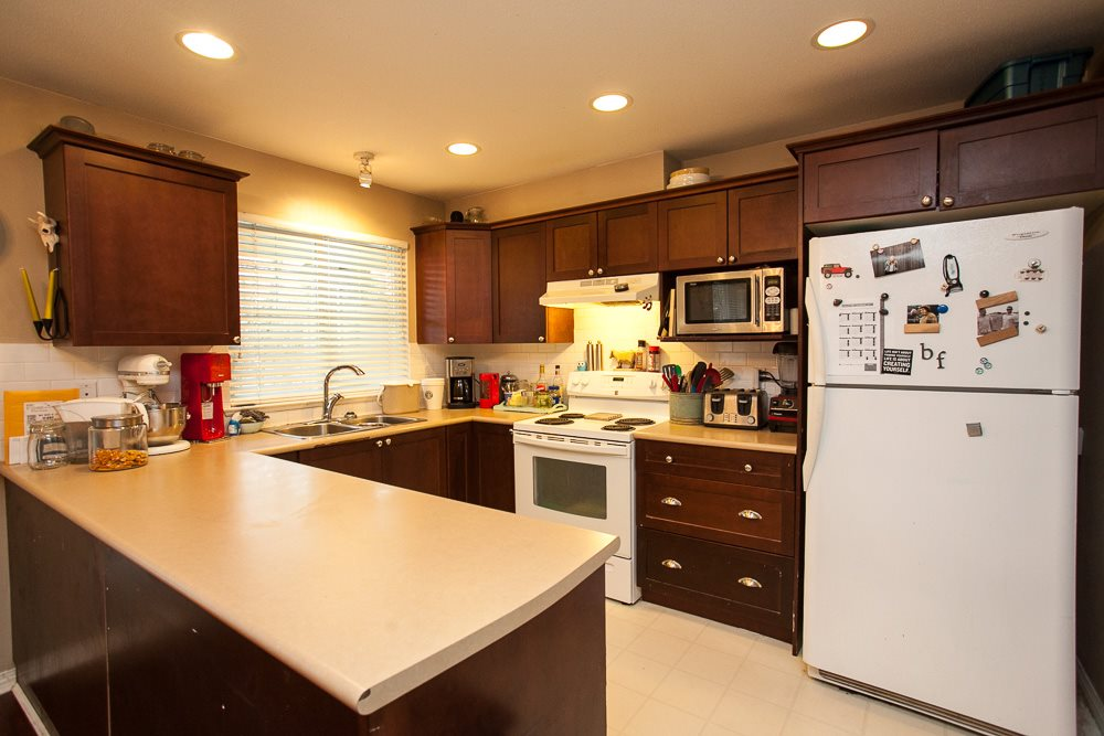 "Photo 5: 90 17097 64 Avenue in Surrey: Cloverdale BC Townhouse for sale in ""Kentucky"" (Cloverdale)  : MLS(r) # R2146336"