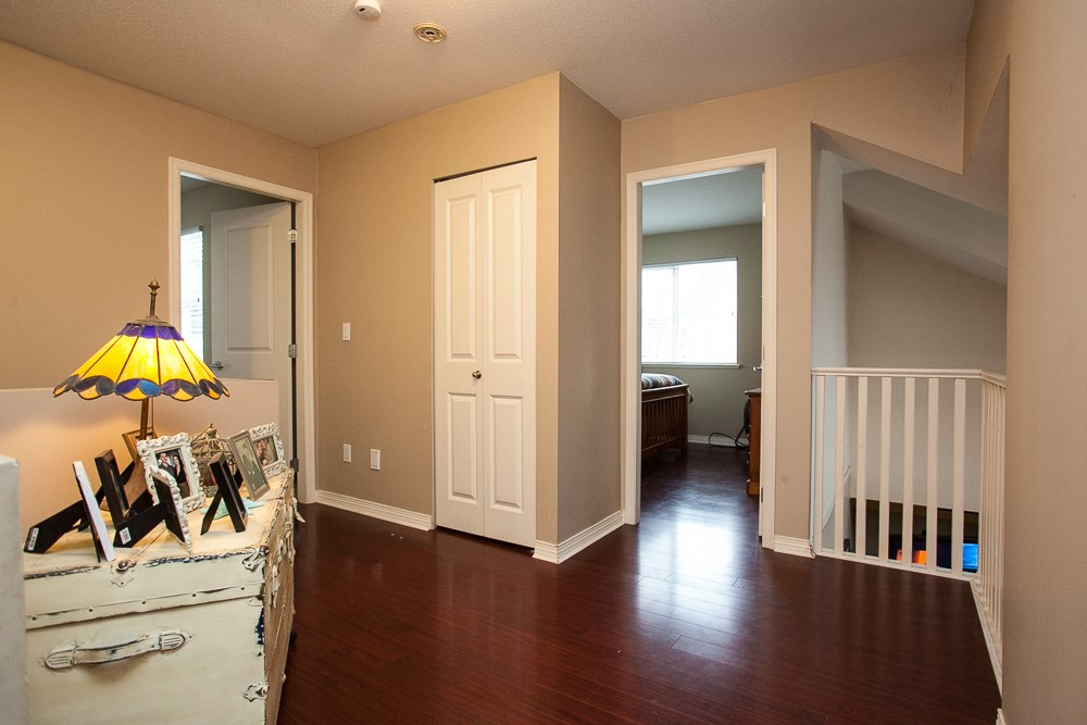"Photo 10: 90 17097 64 Avenue in Surrey: Cloverdale BC Townhouse for sale in ""Kentucky"" (Cloverdale)  : MLS(r) # R2146336"