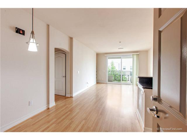 Photo 3: DOWNTOWN Condo for rent : 2 bedrooms : 550 Park Boulevard #2410 in San Diego