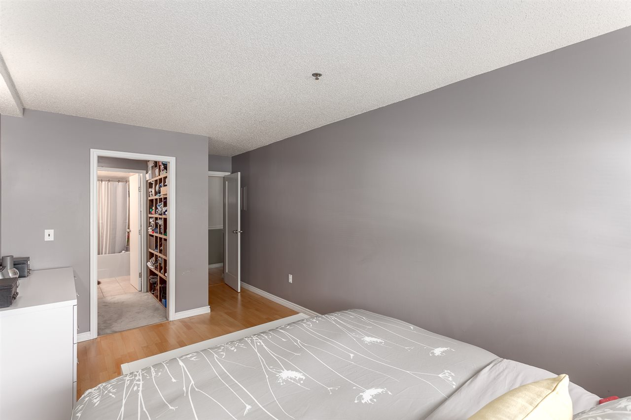 "Photo 12: 113 910 W 8TH Avenue in Vancouver: Fairview VW Condo for sale in ""RHAPSODY"" (Vancouver West)  : MLS(r) # R2159432"
