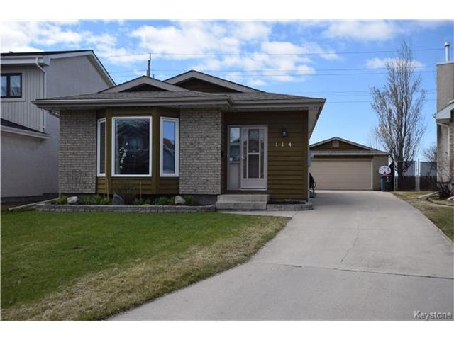Main Photo: 114 Pinetree Crescent in Winnipeg: Riverbend Residential for sale (4E)  : MLS® # 1709745