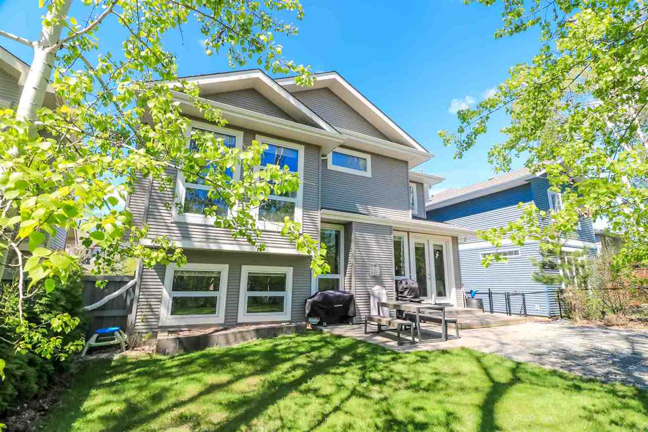 Main Photo: 4927 210 Street SW in Edmonton: Zone 58 House for sale : MLS® # E4061111