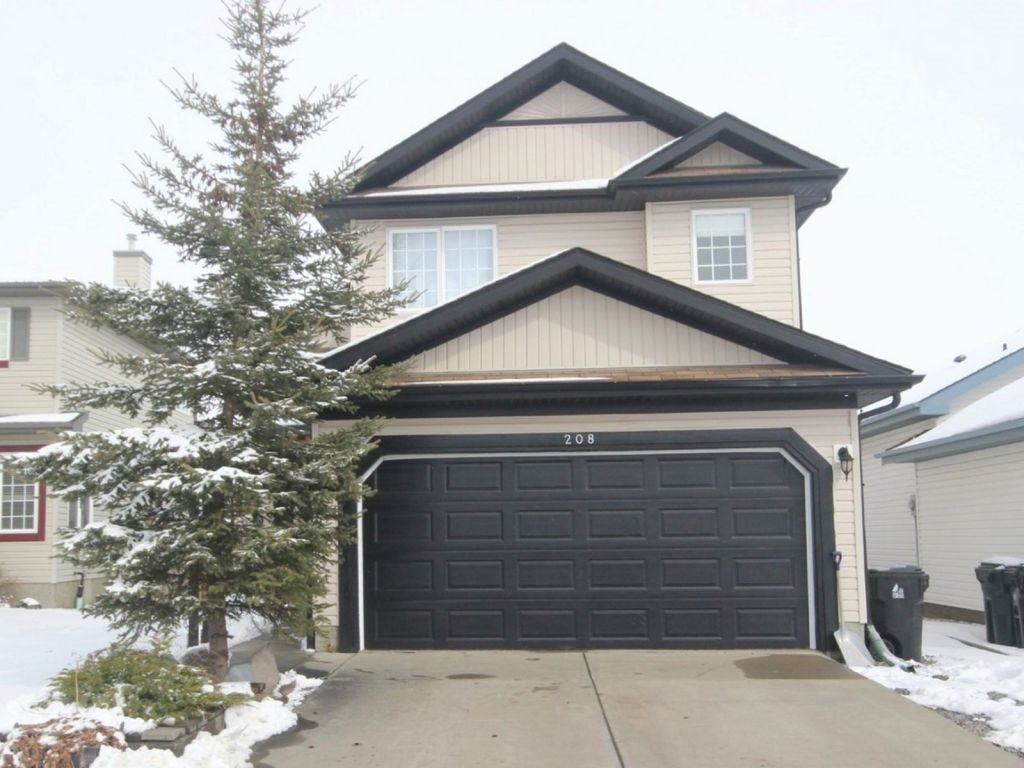 Main Photo: 208 Lakewood Drive: Spruce Grove House for sale : MLS(r) # E4061270