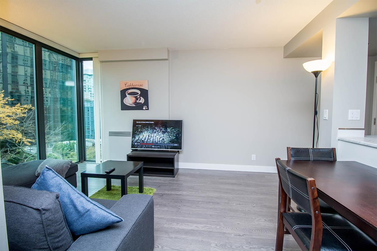 "Photo 12: 606 1331 W GEORGIA Street in Vancouver: Coal Harbour Condo for sale in ""The Pointe"" (Vancouver West)  : MLS® # R2171705"