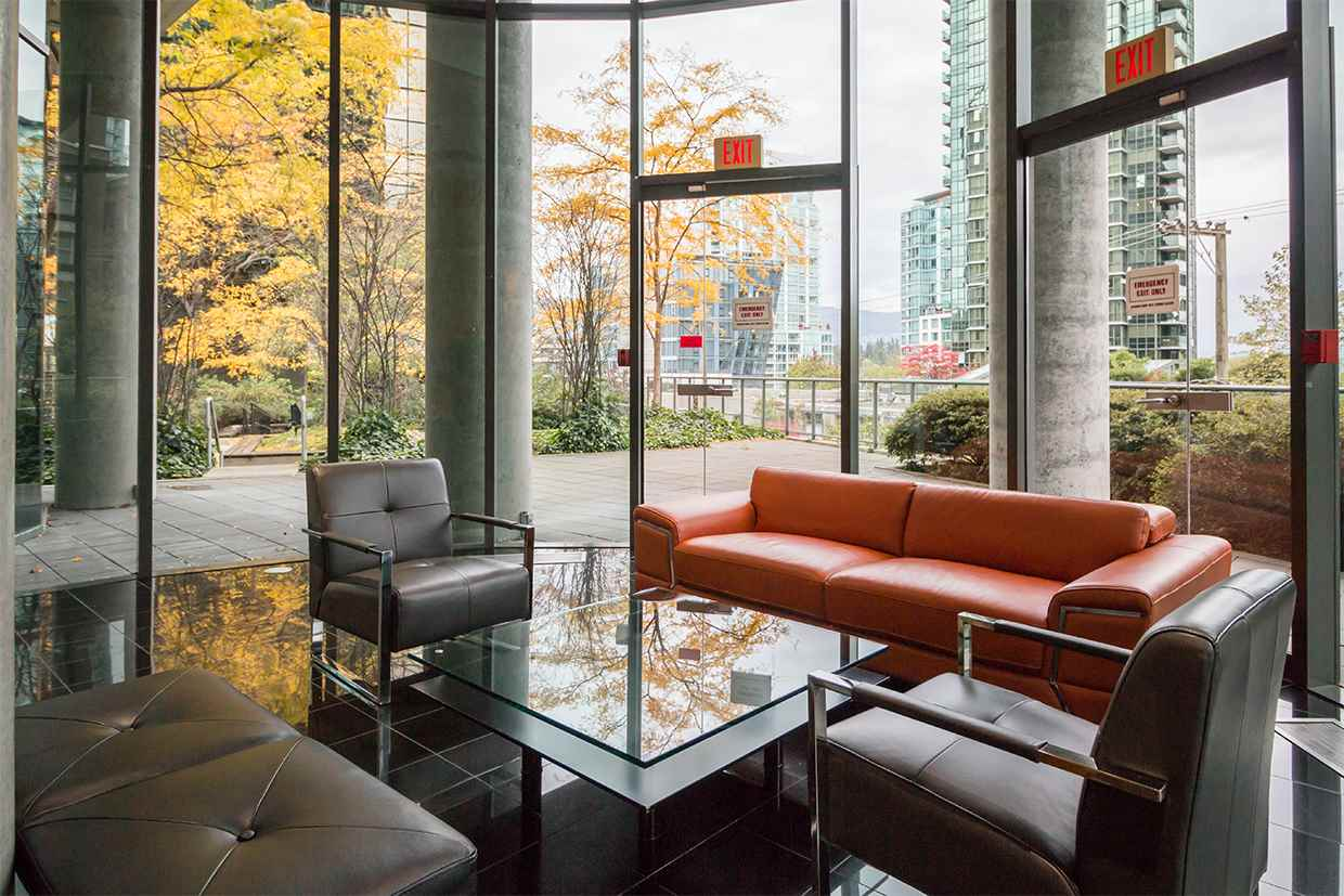 "Photo 3: 606 1331 W GEORGIA Street in Vancouver: Coal Harbour Condo for sale in ""The Pointe"" (Vancouver West)  : MLS® # R2171705"