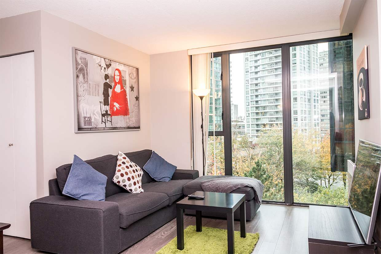 "Photo 10: 606 1331 W GEORGIA Street in Vancouver: Coal Harbour Condo for sale in ""The Pointe"" (Vancouver West)  : MLS® # R2171705"