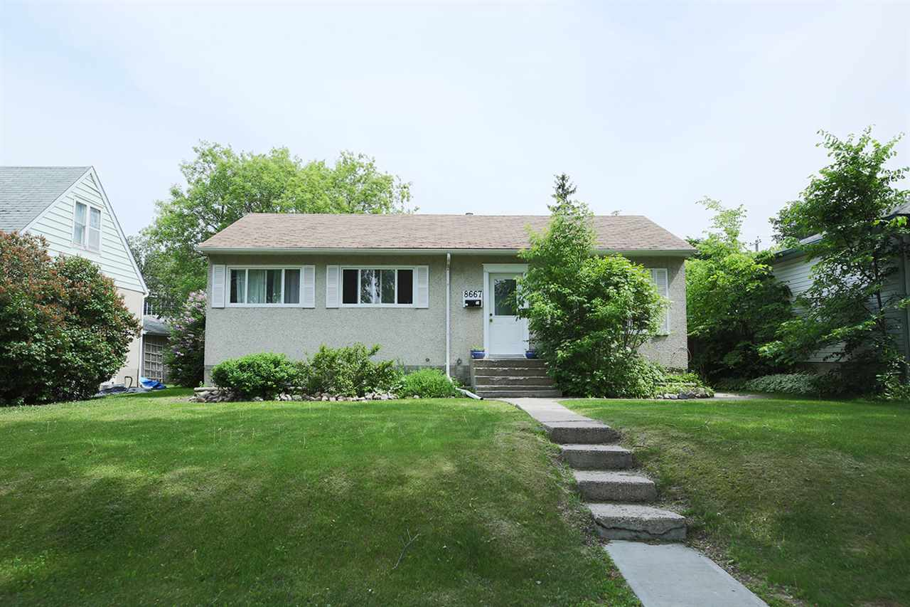 Main Photo: 8667 76 Street in Edmonton: Zone 18 House for sale : MLS(r) # E4068396