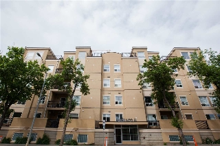 Main Photo:  in Edmonton: Zone 12 Condo for sale : MLS(r) # E4068840