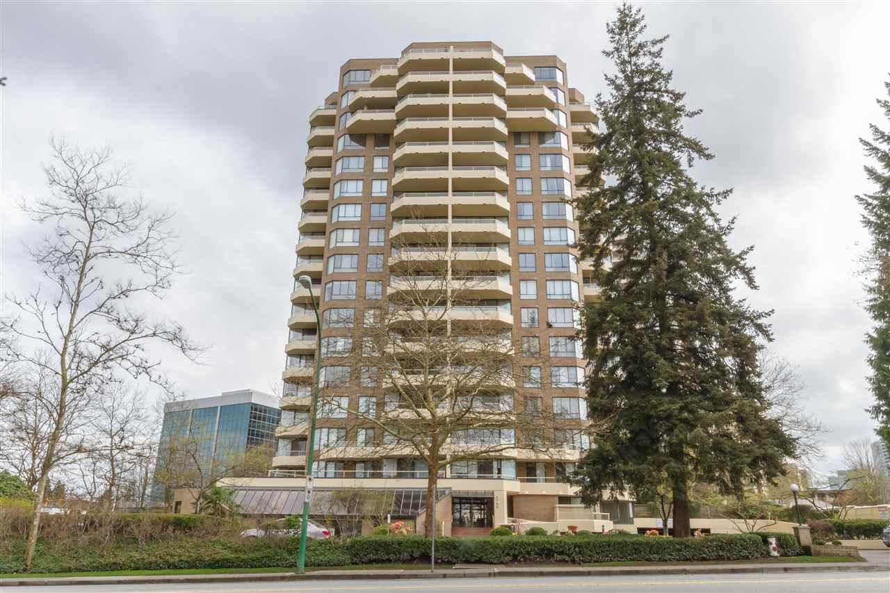 "Main Photo: 904 5790 PATTERSON Avenue in Burnaby: Metrotown Condo for sale in ""THE REGENT"" (Burnaby South)  : MLS(r) # R2179640"