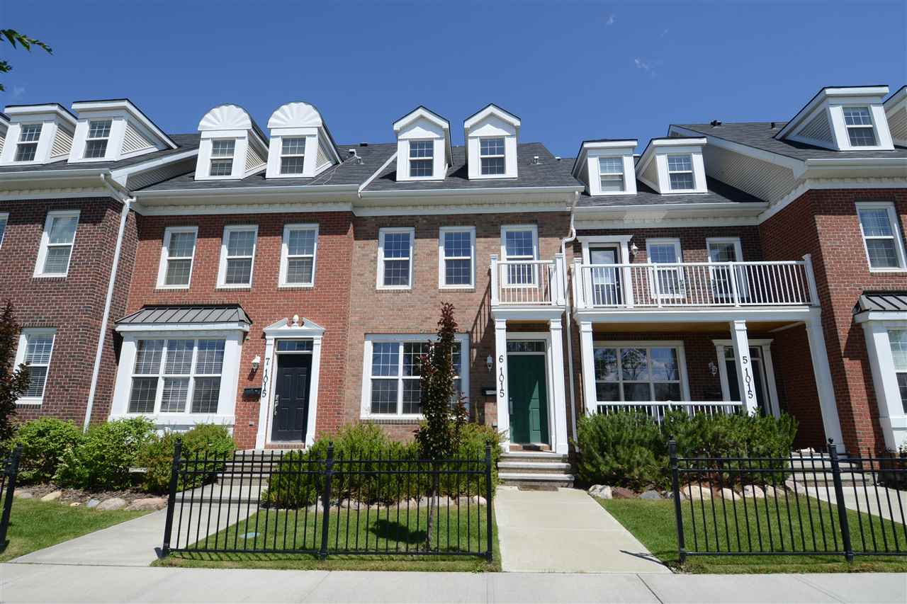 Main Photo:  in Edmonton: Zone 27 Townhouse for sale : MLS® # E4071304