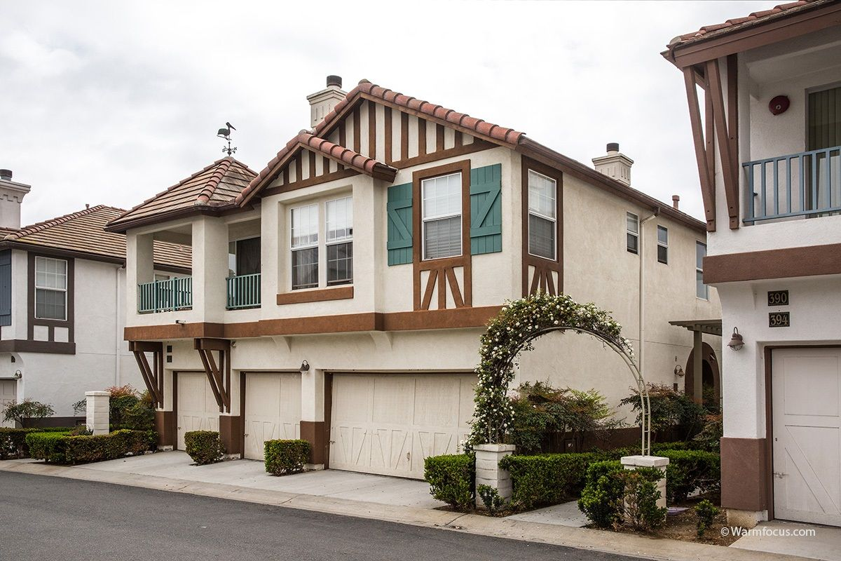 Main Photo: ENCINITAS Condo for sale : 3 bedrooms : 386 Carmel Creeper