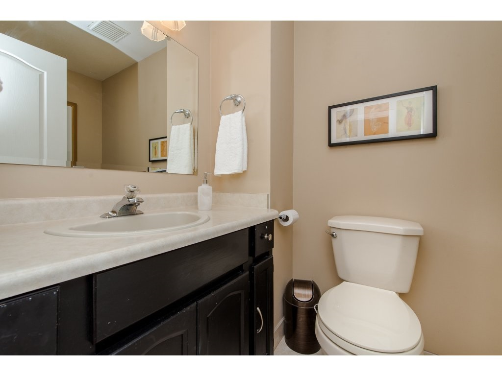 Photo 15: 35782 CANTERBURY Avenue in Abbotsford: Abbotsford East House for sale : MLS® # R2188195