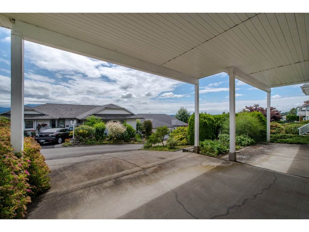 Photo 19: 35782 CANTERBURY Avenue in Abbotsford: Abbotsford East House for sale : MLS® # R2188195
